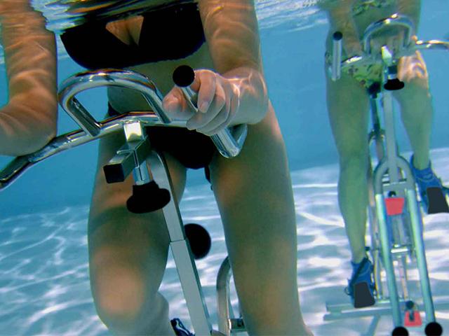 http://www.piscinaprovinciale.it/wp-content/uploads/2019/07/acqua-bike-e-acqua-cycling-1.jpg